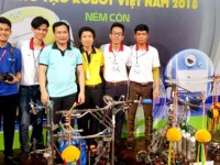 Cao đẳng Công nghệ Hà Tĩnh ra quân chiến thắng tại vòng loại Robocon