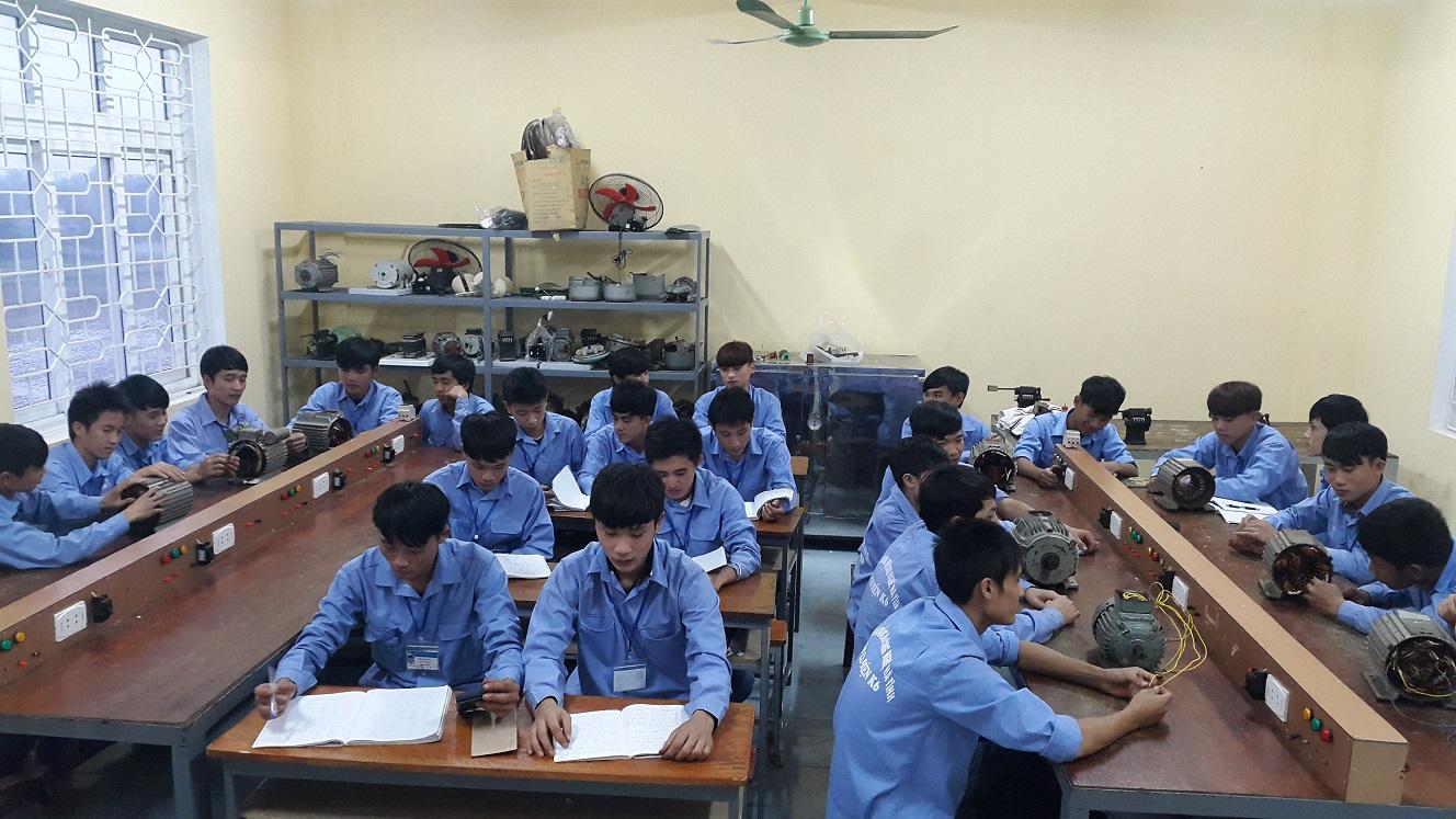 Học viên trường nghề sẽ được học liên thông lên đại học